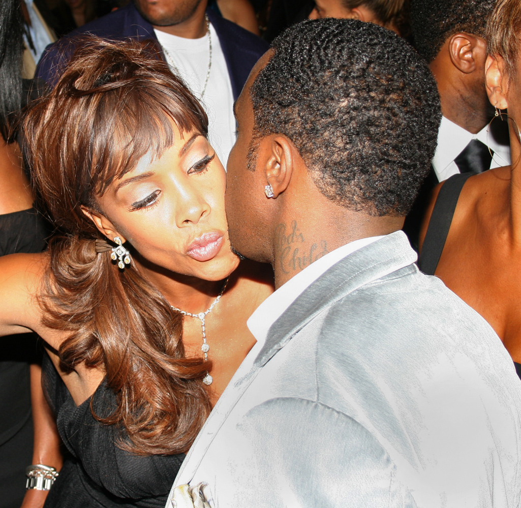vivica a fox kissing puff daddy p diddy 1000