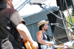 Jackie Greene mountain jam on stage